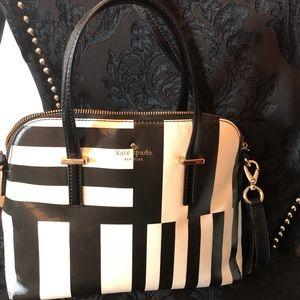 Kate spade black & white bag